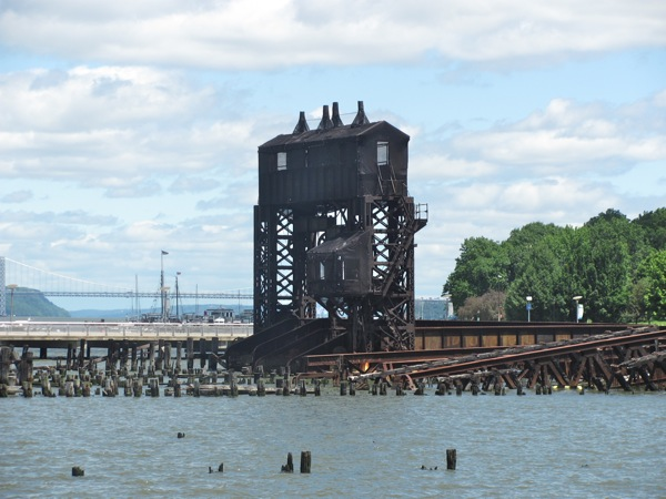Black ruined docks along Riverside Drive_0612131