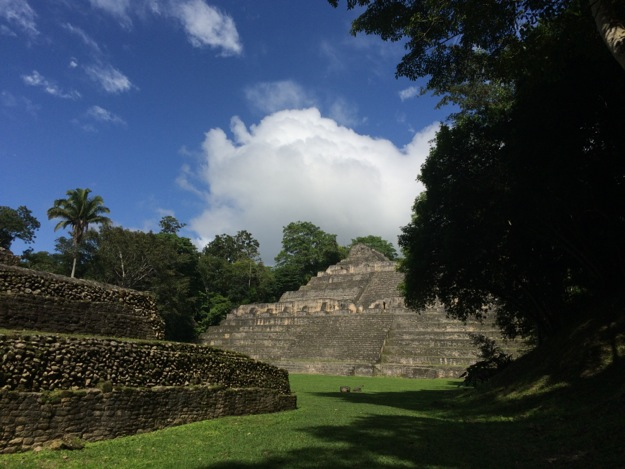 First glimpse of Caracol