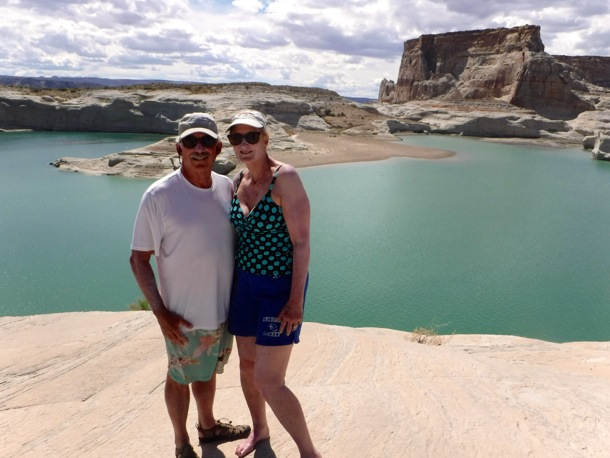 D and L during Lake Powell hike