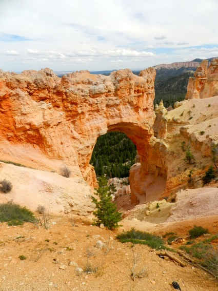 Natural Arch_Bryce Canyon