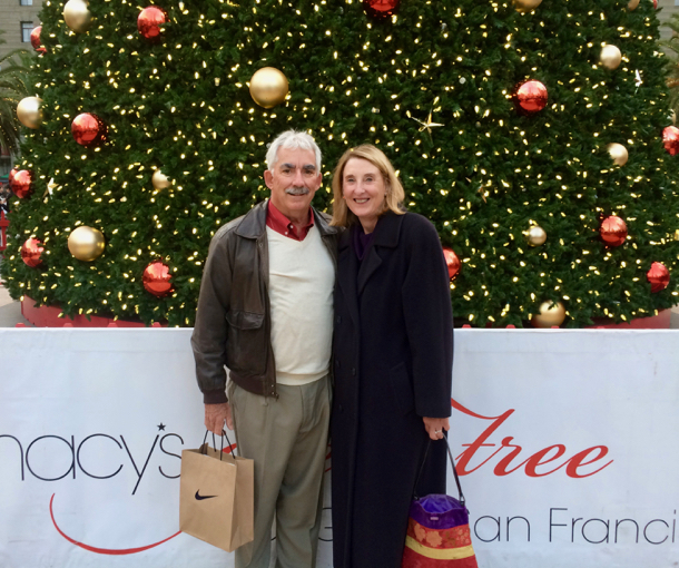 d-and-l-in-front-of-macys-christmas-tree_unionsquare-1