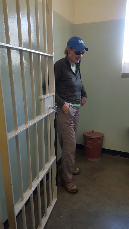 L in Mandela's cell - 1
