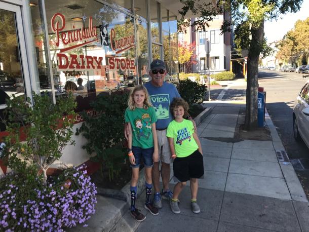 Kiddos and D at Peninsula Creamery - 1