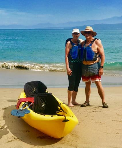 L and D kayaking at Los Ayala - 1.jpg